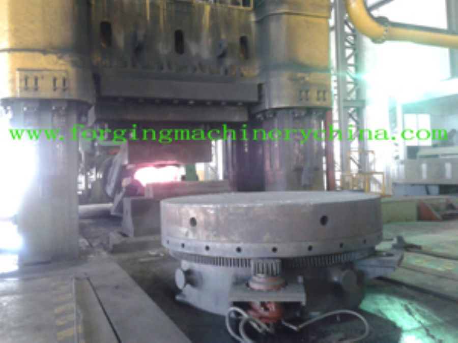 1000_ton_close_die_forging_hydraulic_press