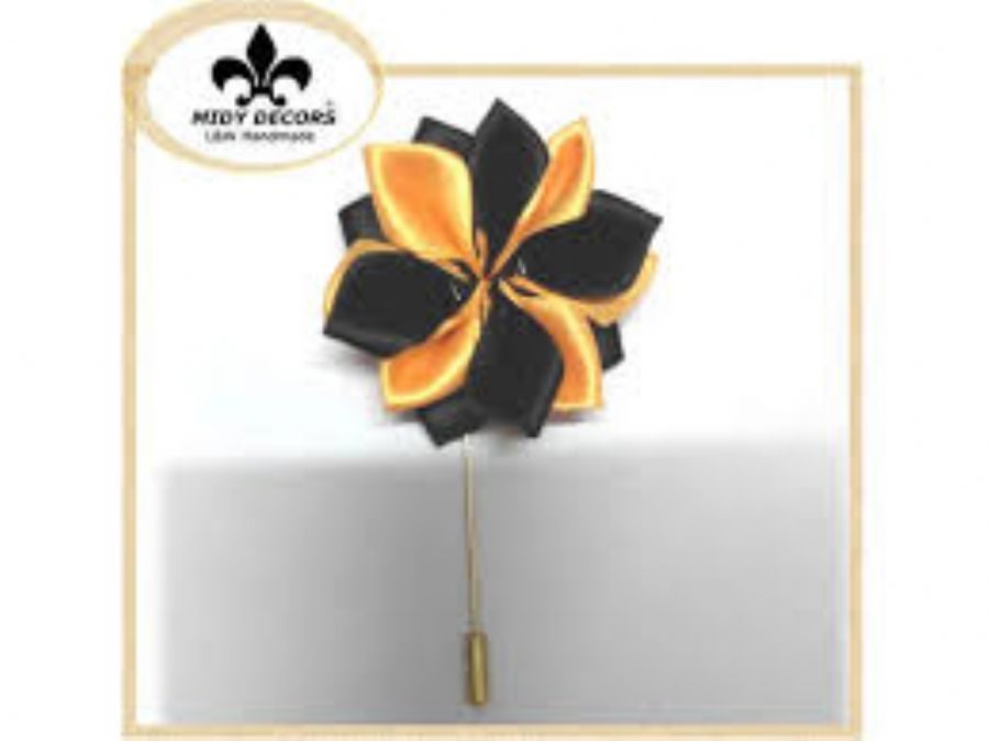 Best Flower Lapel Pi