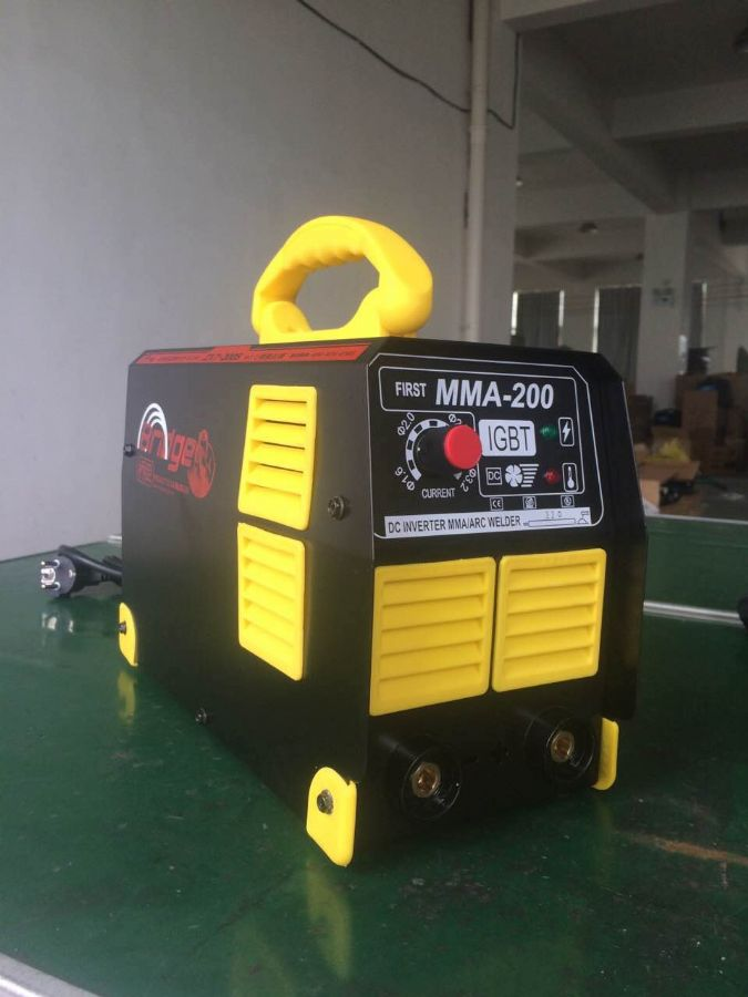 wide voltoge inverter welding machine