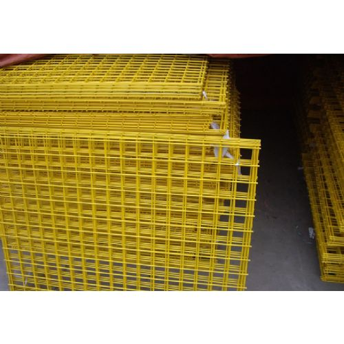 Vinyl_coated_welded_wire_mesh