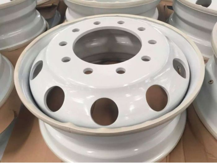 Top_Quality_Aluminium_Alloy_And_Steel_Truck_And_Bus_Wheel_Rims_22.5x9.75