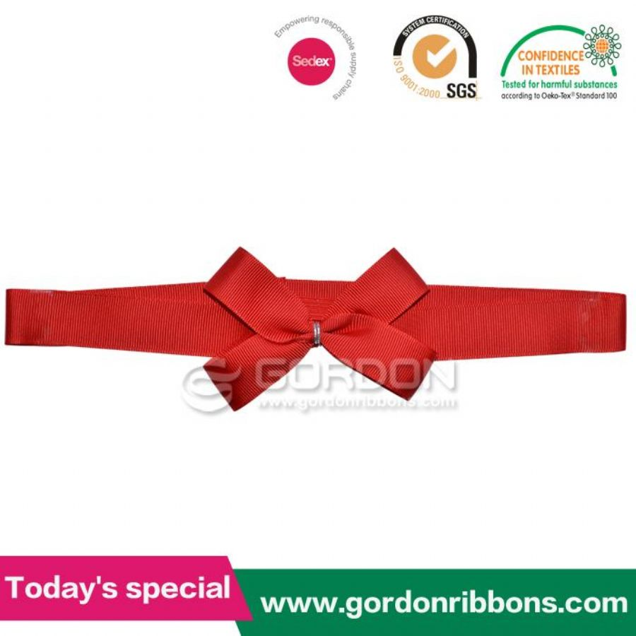 Ribbon Gift Wrapping