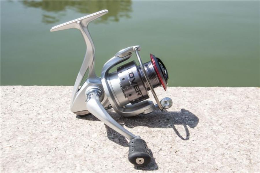 Light Weight Left/Right Hemingway Thunder REX Spinning Fishing Reel