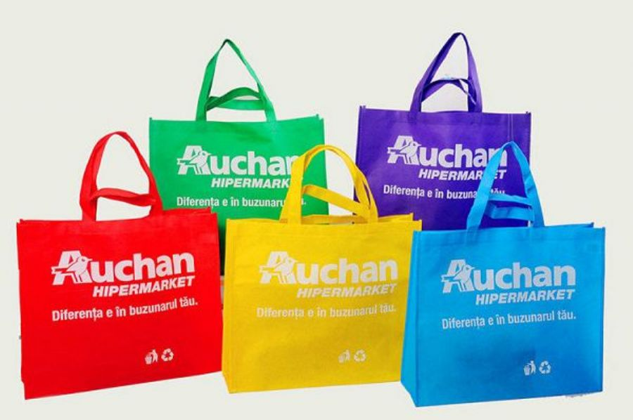 Eco_friendly_Standard_Size_Non_Woven_Grocery_Tote_Bag_With_Silkscreen_Or_Heat_Transfer