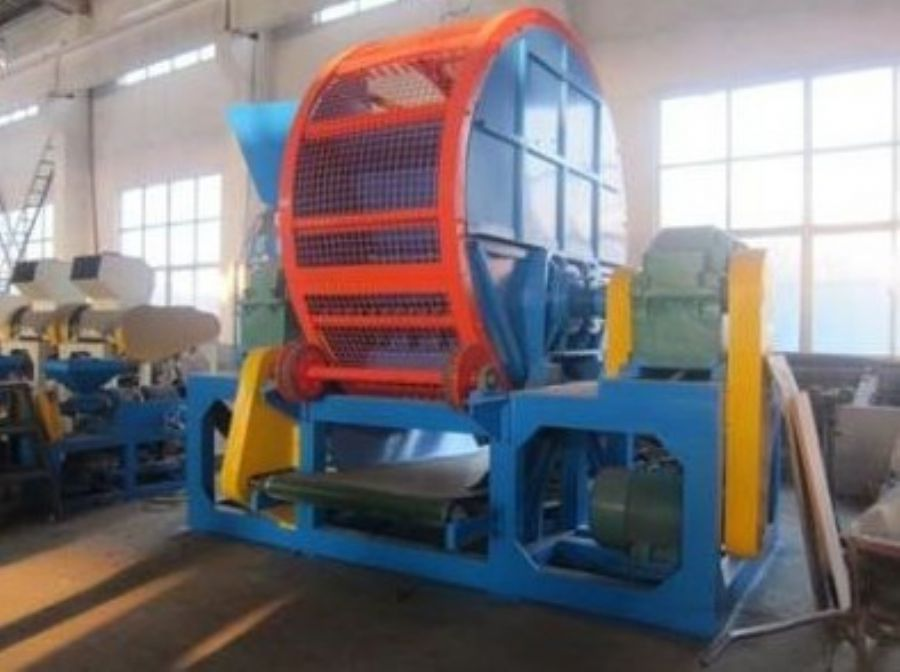 Advanced plastic rubber shredding machine