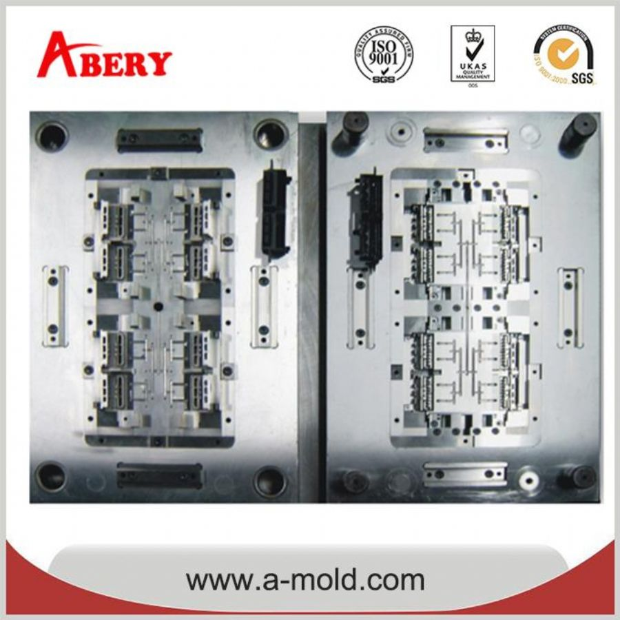 DME Precision Injection Mold For Multi Cavity Plastic Molding Products And Parts