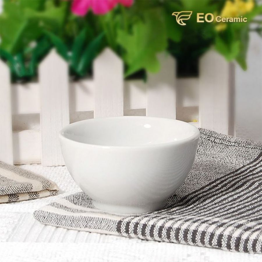 White Round Deep Ceramic Soup Bowl