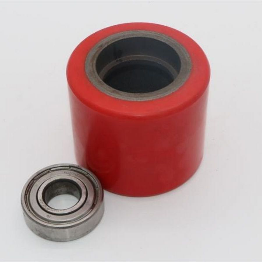 Cast_Iron_Red_PU_Roller_Wheel_For_Pallet_Truck