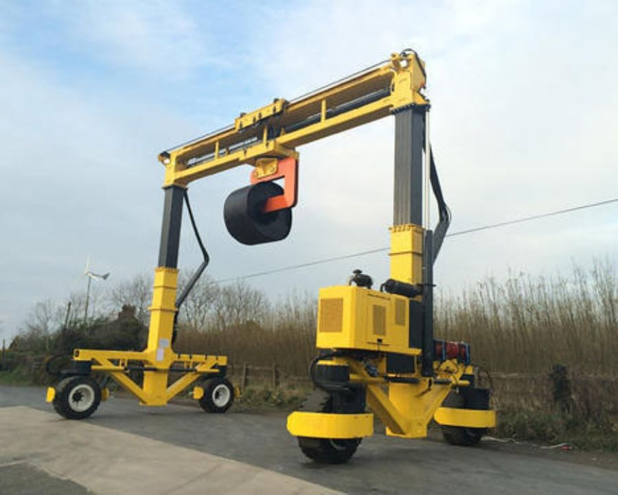 Top Design Single Beam Rubber Tyred Gantry Crane With All Wheels Electronic Steering