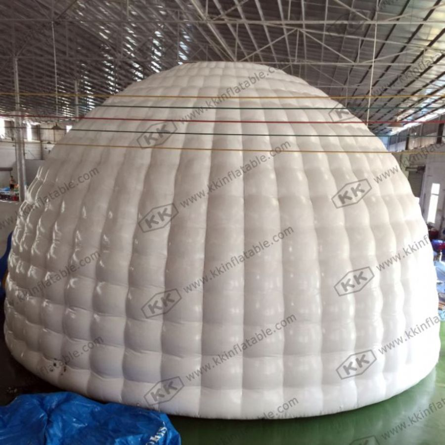 Inflatable Igloo Ten