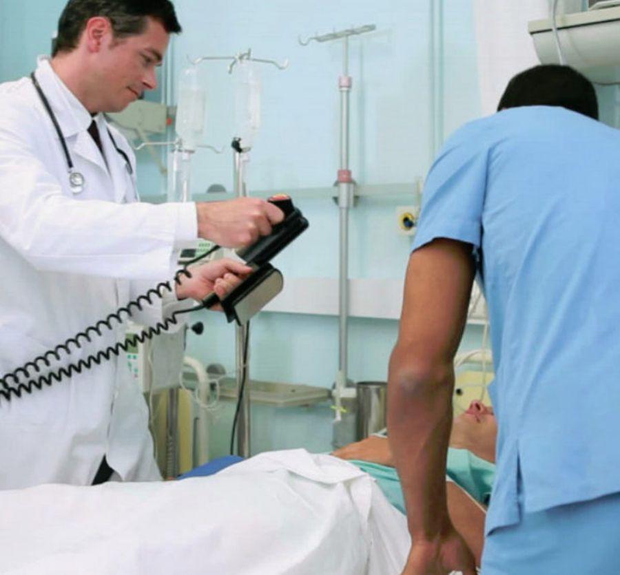 Defibrillator analyz