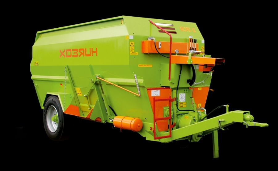 Feed_distributors_Organic_fertilizer_spreaders