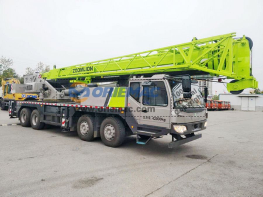 ZOOMLION QY55V Truck