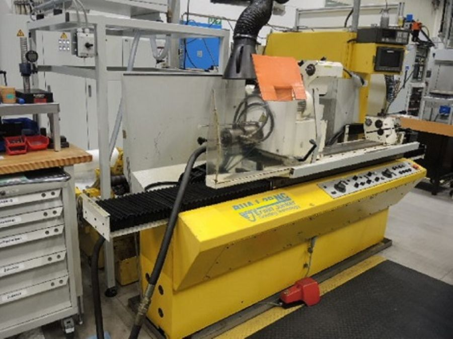 CNC Universal Silind