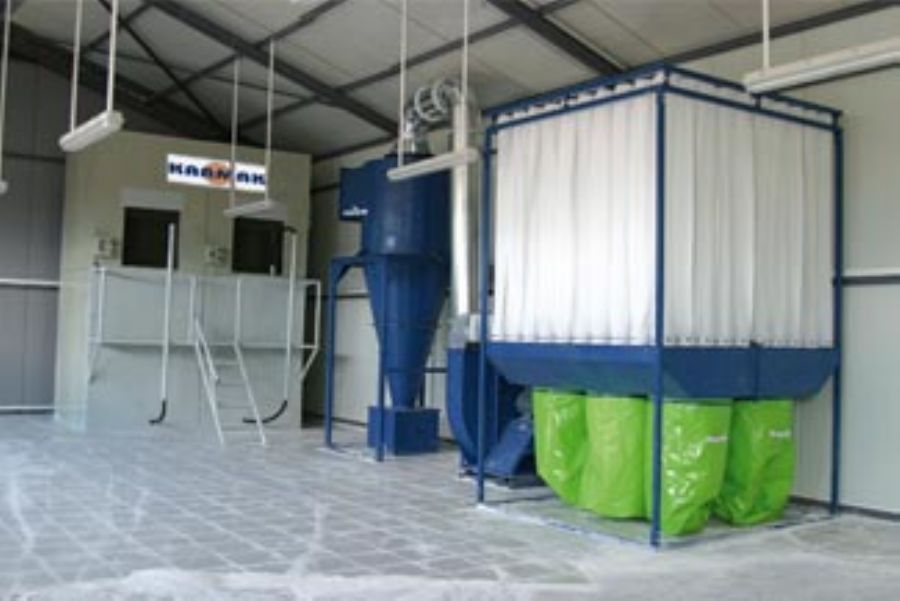 Sand Blasting Unit With 2 Chambers And Filter