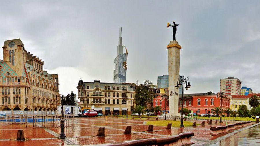 Gurcistana yapacaginiz seyehatlerde transport hizmetleri, otel rezervasyonlari, rehberlik hizmetleri